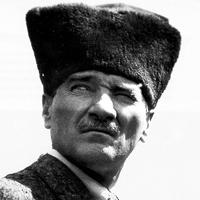 ATATÜRK : 1927'den 1933'e kadar Çengelköy'de ve Haliç'in kıyısında, Japonların morfin ve eroin üretmesi için fabrika kurmasına izin verdi.